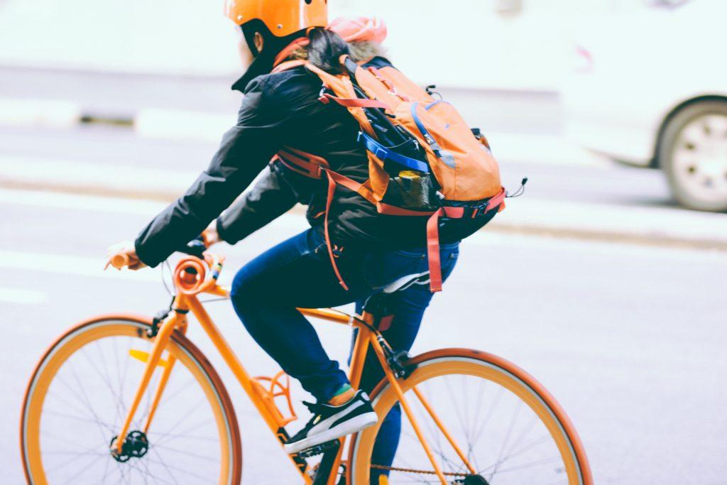 fietsers en luchtvervuiling